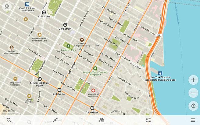 海外に旅行に行った時でも、通信が利用できない状況で、GPSで現在地を把握したり、地図を見たりナビの機能を使ったりすることができる