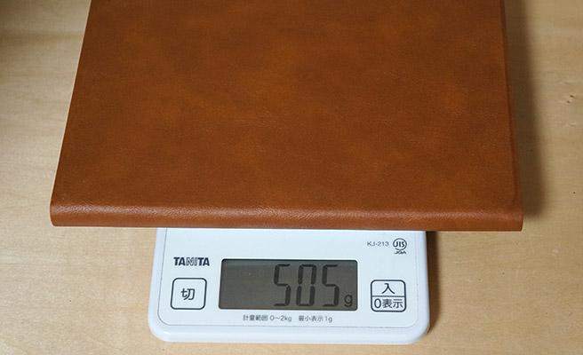 iPad mini 6を装着した総重量は505gとなります。(Wi-Fi + Cellularモデル)